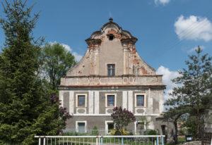 A Manor House in Dzbanów Photo © Jacek Halicki (CC BY-SA 4.0)